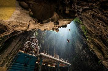 Batu Caves, Malaysia Image credits: Danny Xeero
