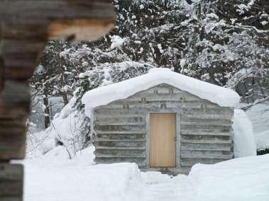 Hut, snow, interior