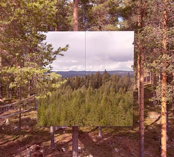 Mirror-Treehouse-In-Sweden-5